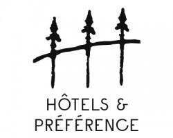 hôtels et voitures anciennes