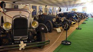 musées d'automobiles anciennes